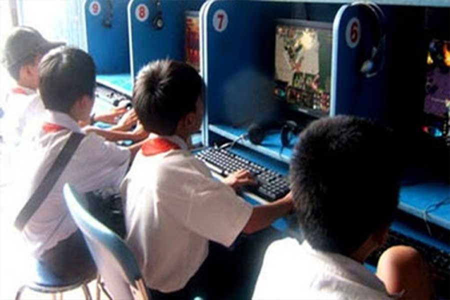 nhung-dua-tre-nghien-game-online