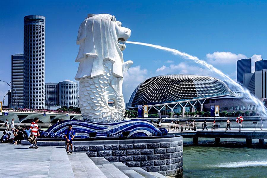 tuong-su-tu-bien-merlion-bieu-tuong-cua-singapore